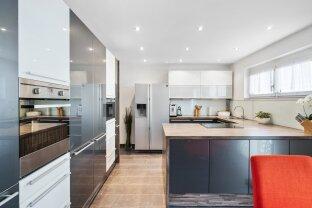 Modernes wohnbaugefördertes Niedrigenergiehaus mit exklusiver Ausstattung