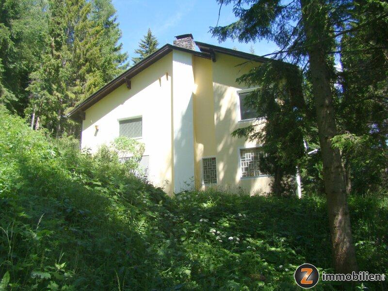 Villa umsäumt von herrlichem Mischwald in absoluter Ruhelage /  / 2680Semmering / Bild 1