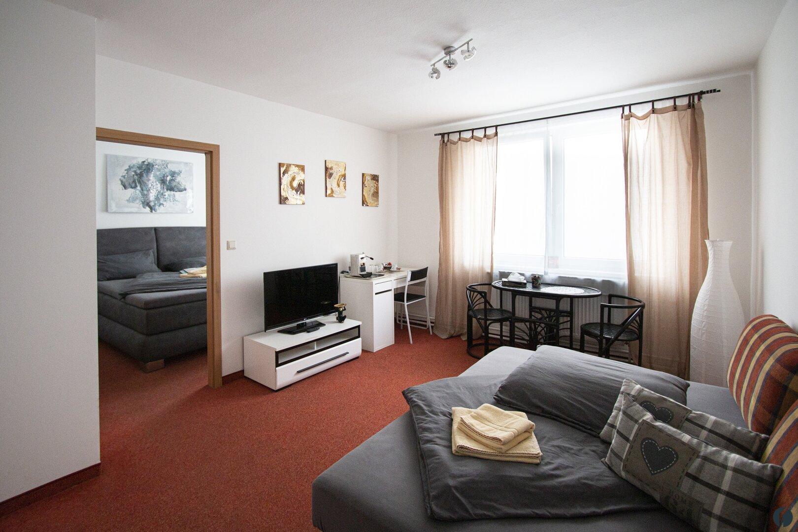Apartment mit Wohn- und Schlafraum
