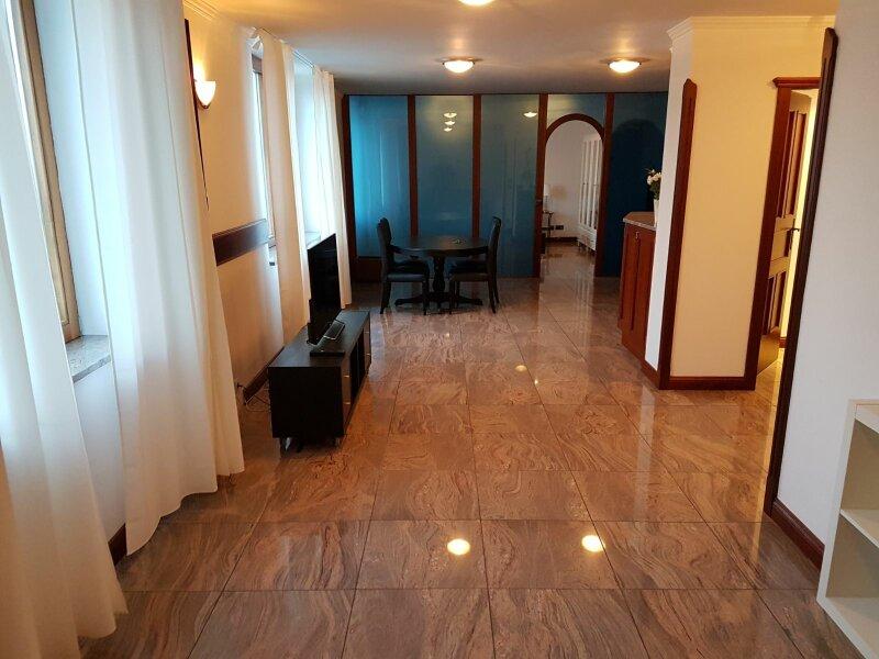 *Top sanierte 2-Zimmer-Wohnung mit 150m² Gemeinschaftsdachterrasse 360 grad Wienblick! /  / 1010Wien / Bild 2