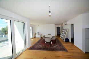 Terrassentraum Provisionsfreier Erstbezug  Ruhige 4 Zimmer Dachgeschoß-Wohnung inklusive Bulthaup Küche
