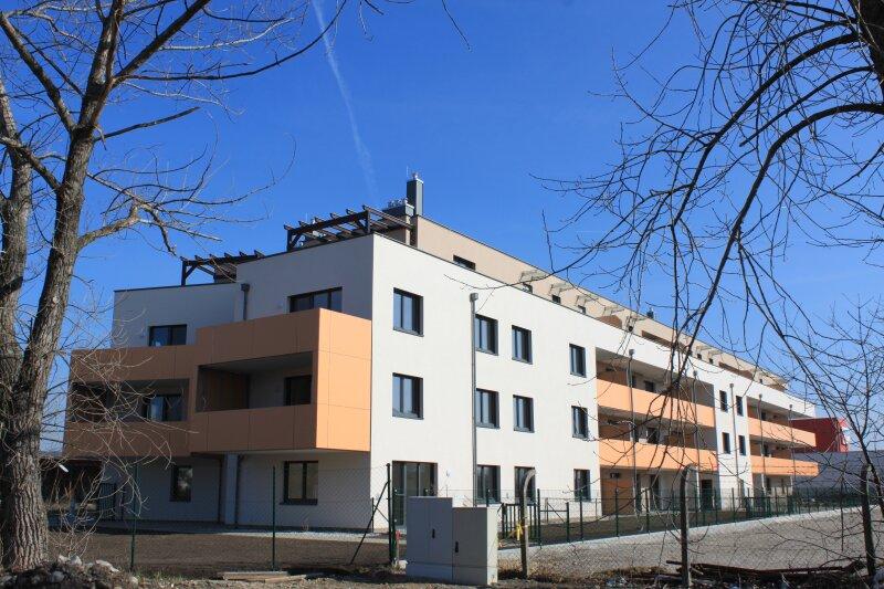 Top 7 - Drei- Zimmer Wohnung mit Balkon - Nach Süden ausgerichtet. Bestes Klima zu jeder Jahreszeit /  / 2700Wiener Neustadt / Bild 0