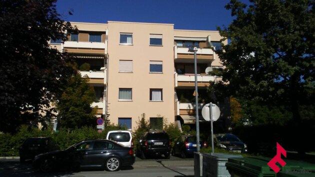 4-Zi-Wohnung mit Balkon