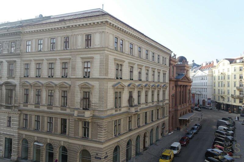 Helle Neubauwohnung direkt beim Ronacher Theater / 37 m² / 4 Stock