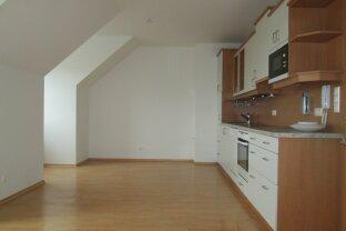 Jennersdorf: Provisionsfrei, nette Wohnung mit Terrasse