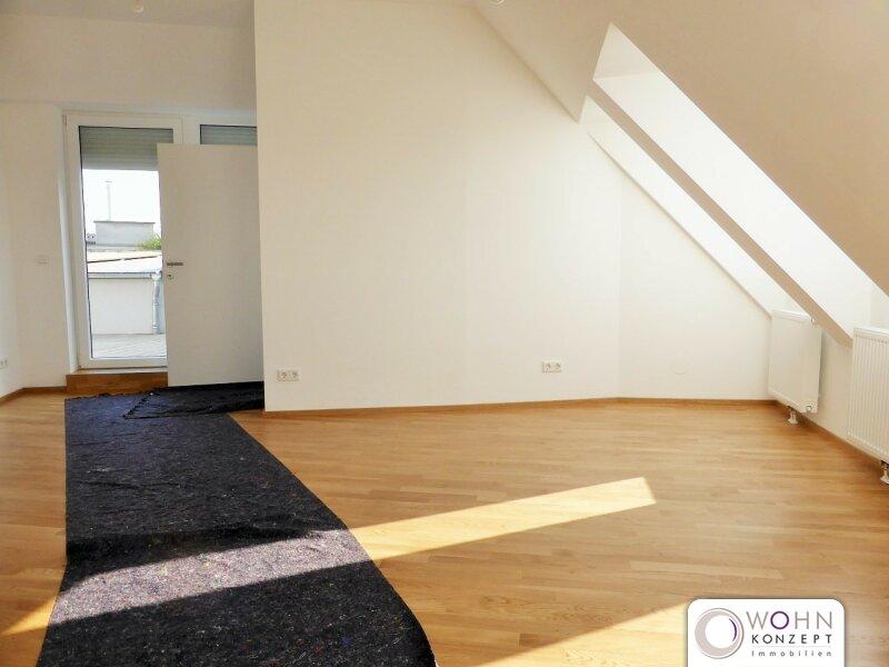 Erstbezug: 95m² Dachausbau + 10m² Terrasse mit Einbauküche - 1090 Wien /  / 1090Wien / Bild 1