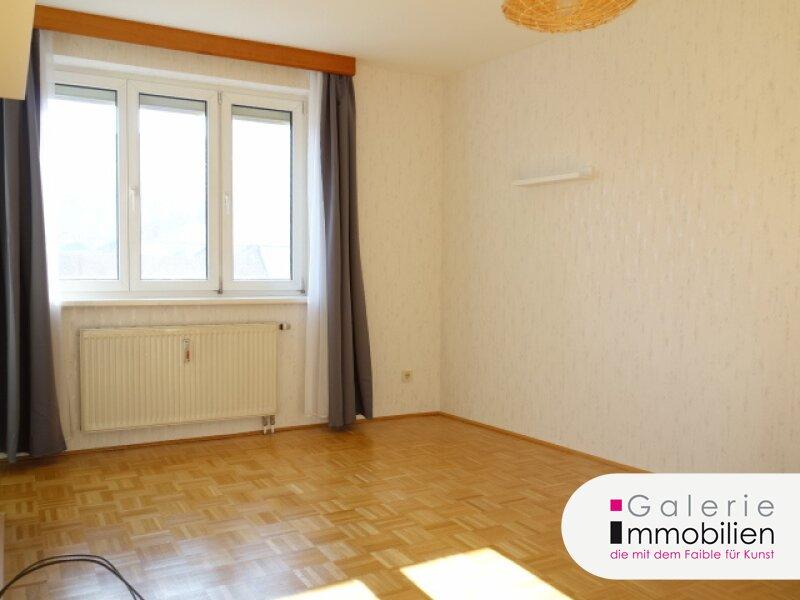 Schöne und helle 2-Zimmer-Wohnung Nähe Familienplatz! Objekt_33874