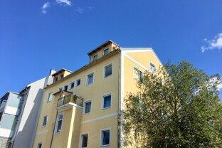 VERMIETET!!! 4 Zimmer Altbauwohnung mit Parkplatz im Zentrum von Ebelsberg!