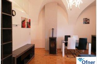Wunderbar geschnittene 2-Zimmer-Wohnung in historischem Gebäude