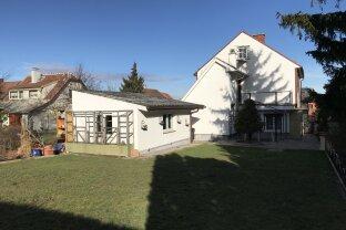 Ein/Mehrfamilienhaus mit Garten in Vösendorf zu verkaufen!