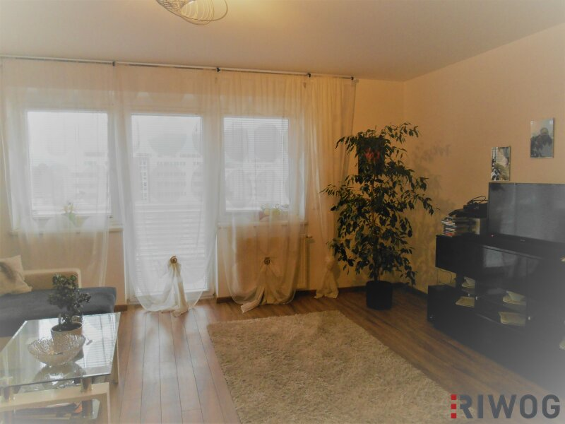 Wunderschöne 4-Zimmer-Wohnung mit Blick auf die Karawanken !!
