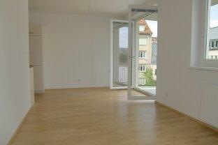 2 Zimmer Neubau mit Balkon, ruhig gelegen!