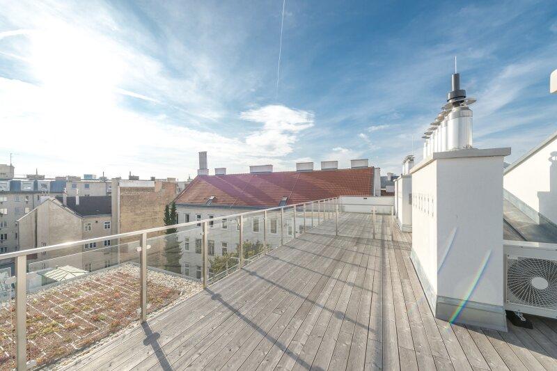++RARITÄT** Außergewöhnliche DG-MAISONETTE in TOP-CityLAGE! Altbaucharme + moderne Dachgeschosswohnung! Ruhelage! /  / 1020Wien / Bild 16