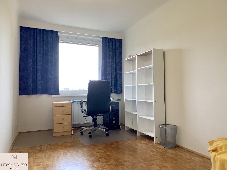 Büro- oder Schlafzimmer