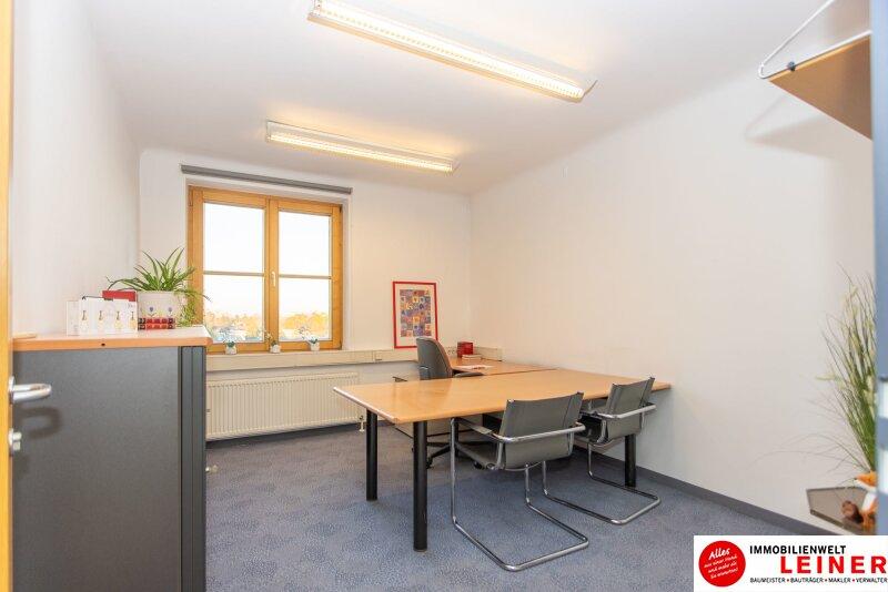 Praktisches Büro im Zentrum/Schwechat - Ohne Kündigungsfrist -möbliert- Parkplatz direkt vor der Haustür Objekt_13279