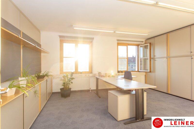 Praktisches Büro im Zentrum - hochwertig ausgestattet - möbliert - Parkplatz direkt vor der Haustür - GRANDIOS: Ohne Kündigungsfrist Objekt_13277
