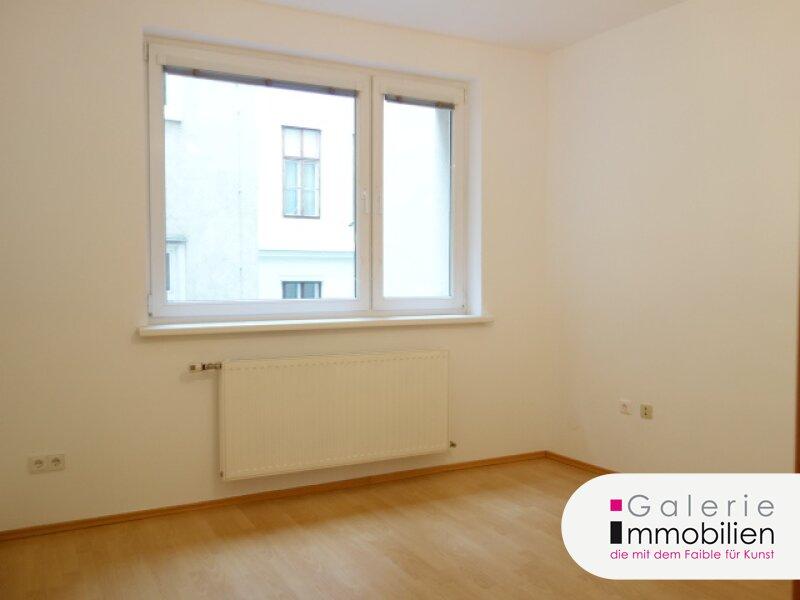 VIDEO: Schöne, renovierte 3-Zimmer-Wohnung Nähe Schottentor! Objekt_34479