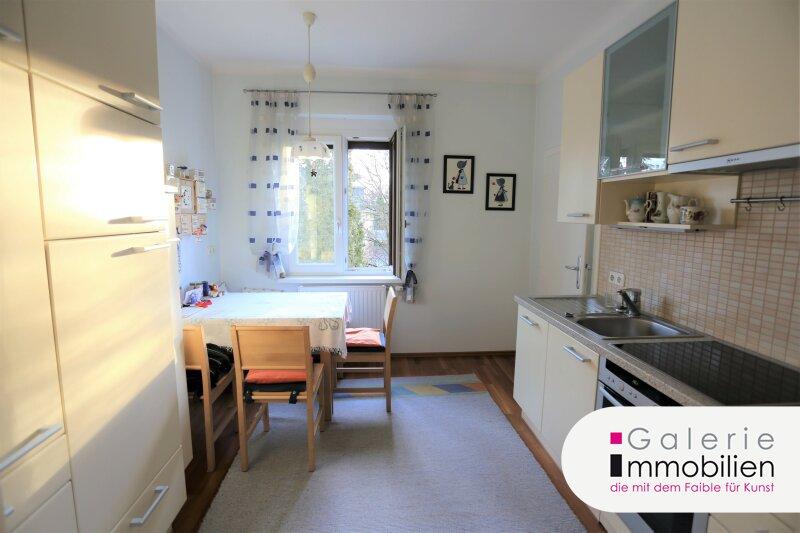 Zentral begehbar - saniert und sonnig - ruhige 3-Zimmer-Wohnung mit großem Gemeinschaftsgarten Objekt_34138