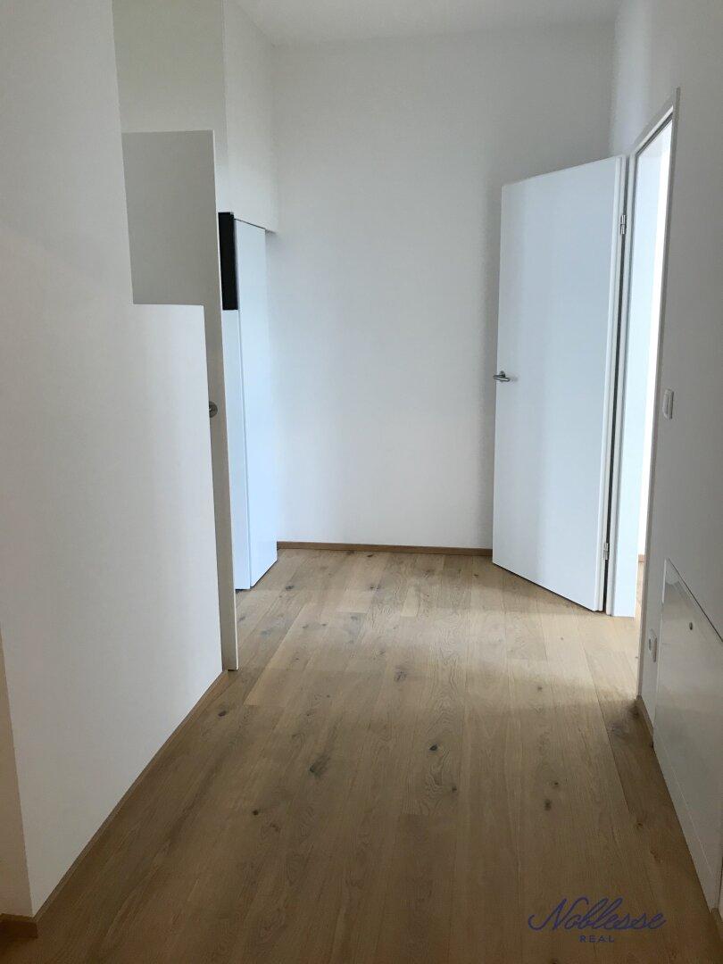 Vorraum / Schrankraum - Zugang z Schlafräumen und Bad