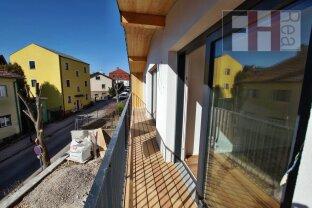 Erfolgreich vermittelt !!! Erstbezug! Modernes, komplettsaniertes Architekten Einfamilienhaus mit Gartenanteil und Parkplatz. Provisionsfrei!