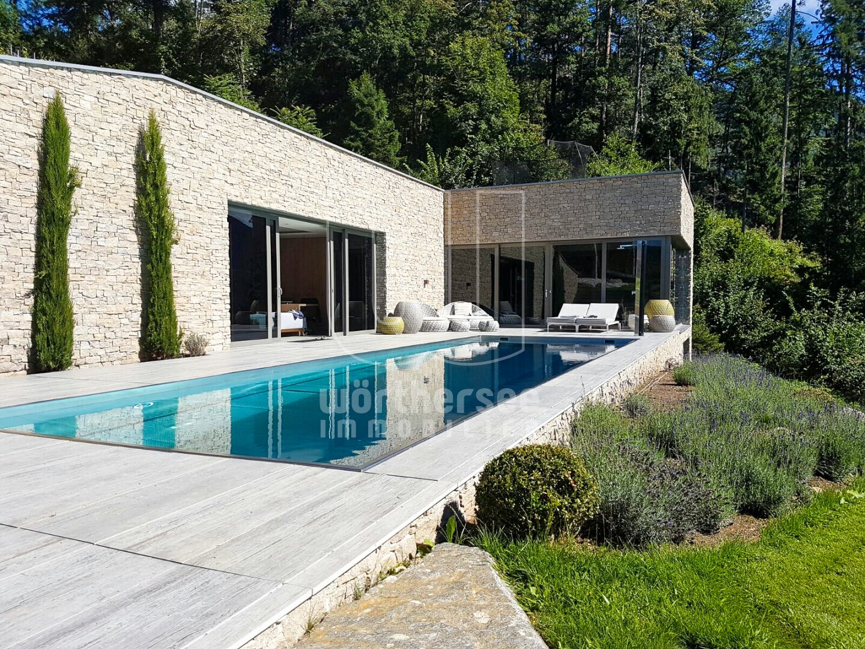 Traumhaftes Poolhaus mit Pool