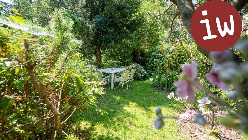 Zentrum: Charmanter Altbau 3 Zimmer Eigentumswohnung mit Loggia und Garten Objekt_638 Bild_12