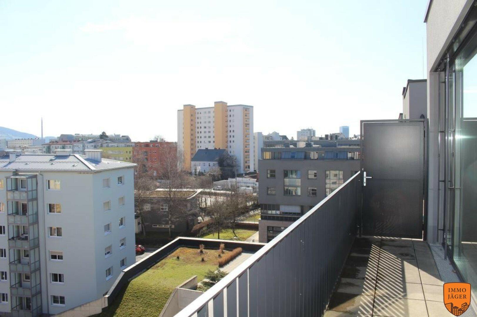 Terrasse und Aussicht