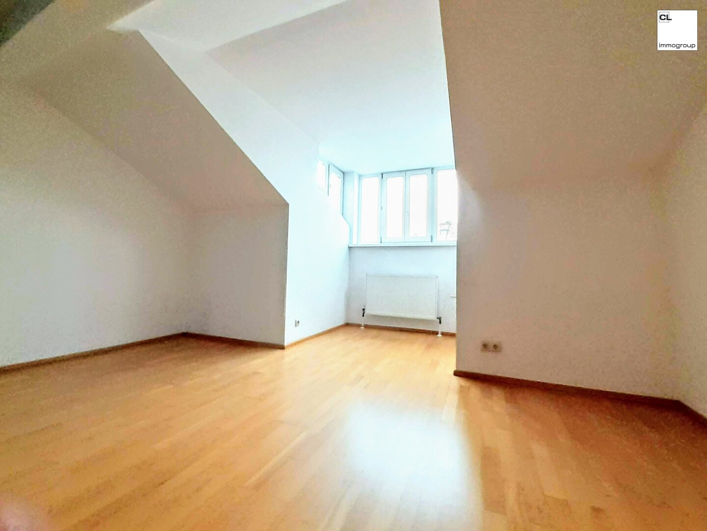 Helle, schöne und zentral gelegene DG-Wohnung in Schallmoos/Andräviertel (Salzburg Stadt); 53 m², 2 1/2 Zimmer, Dachgeschoß, (c) CL-immogroup, www.cl-immogroup.at