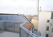 Erstbezug: 61m² DG-Wohnung + 11m² Terrasse Nähe U3 Enkplatz!