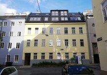 WOHLFÜHLEN AUF ALLEN EBENEN - Exklusive Dachgeschosswohnung mit großen Terrassen