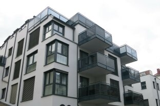 Hochwertige Single / Pärchenwohnung mit Balkon in Oberdöbling