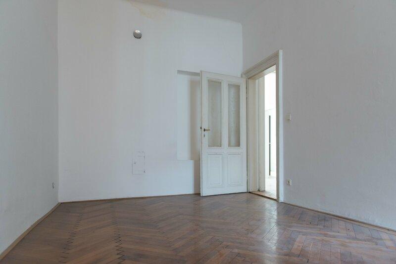 4-Zimmer Altbauwohnung in guter Lage - 1070 Wien