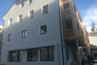 Sonnig und ruhig gelegene 3-Zimmer Wohnung mit Balkon in Schwaz