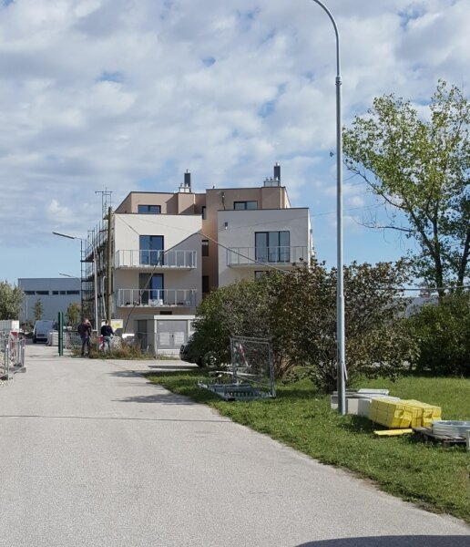 Top 33 - Freifinanzierte 3 Zimmer Wohnung mit Dachterrasse - MIETEN oder MIETKAUF /  / 2700Wiener Neustadt / Bild 2