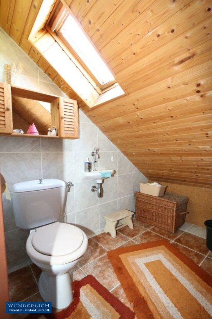 WC im Dachgeschoß