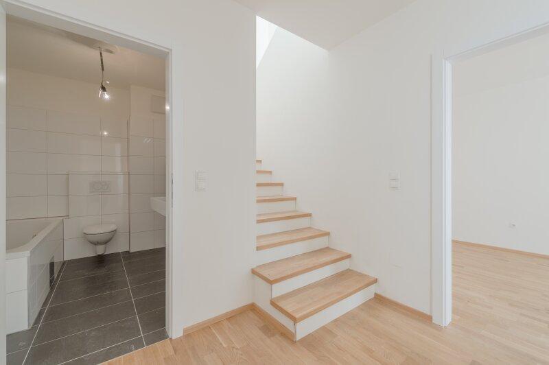 ++NEU** Exklusives HOFHAUS mit großzügigen Freiflächen (70m²), ERSTBEZUG! + Garage /  / 1160Wien / Bild 8