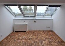 Dachgeschoss-Wohnung in einem historischen Gebäude Nähe Prater, U1