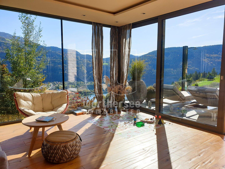 Perfekter Wohnraum im Poolhaus mit Superfernsicht