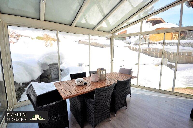 Kirchbichl Zweifamilienhaus_ hohe Qualität mit Modernem Design_Ansicht_Wintergarten