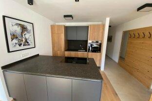 LAKE SIDE Glockner Apartment 2-storey for sale! (Item 18)