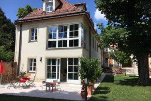 Klimatisierte Luxus Wohnung: 3 Etagen mit herrlichem Garten, Pool und bis zu 4 Garagen beim Beethoven Museum und Pfarrplatz!