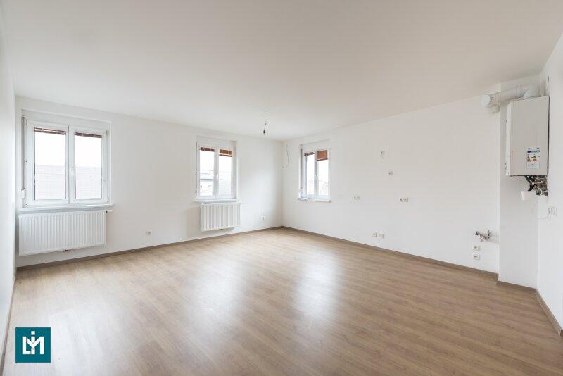 Neusanierte, helle 3 ½ Zimmer Wohnung nahe Donau