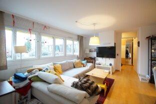 Tolle Dachgeschosswohnung in Nussdorfer Wohnanlage mit In- und Outdoorpool!