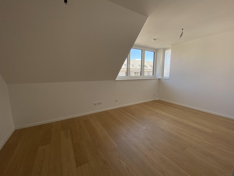 1.OG Schlafzimmer