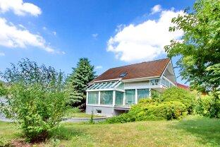 Sonnendurchflutetes Haus in sehr guter Lage