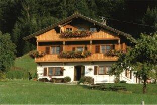 Wunderschöne Wohnung in Söll Tirol   im 1. Obergeschoß sehr Zentrumsnah!