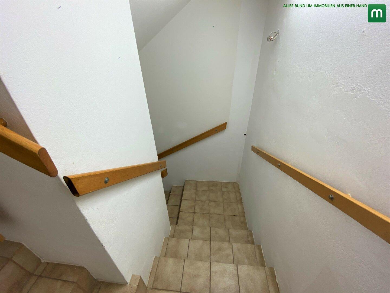 Treppe zum Keller (1)