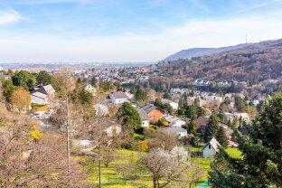 Aussichtslage am Ölberg - Großes Einfamilienhaus mit viel Potential