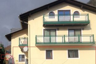 BAD ISCHL: 4-Zimmer Wohnung mit Terrasse im Zentrum