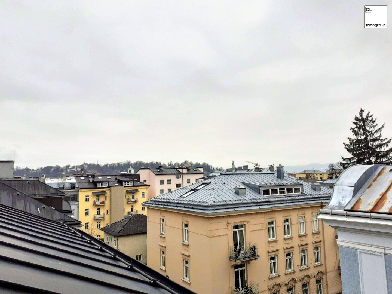 Ausblick zu Helle, schöne und zentral gelegene DG-Wohnung in Schallmoos/Andräviertel (Salzburg Stadt); 53 m², 2 1/2 Zimmer, Dachgeschoß, (c) CL-immogroup, www.cl-immogroup.at